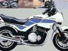 Suzuki GS 700ES